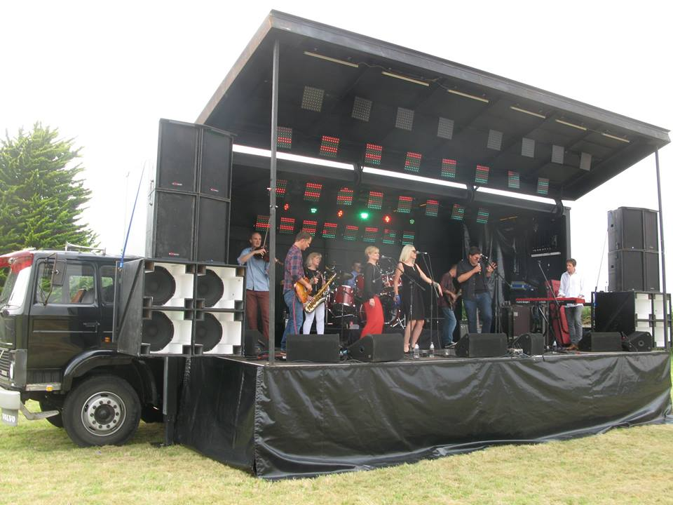 Renkus Heinz CE3T on Stage Bus in UK