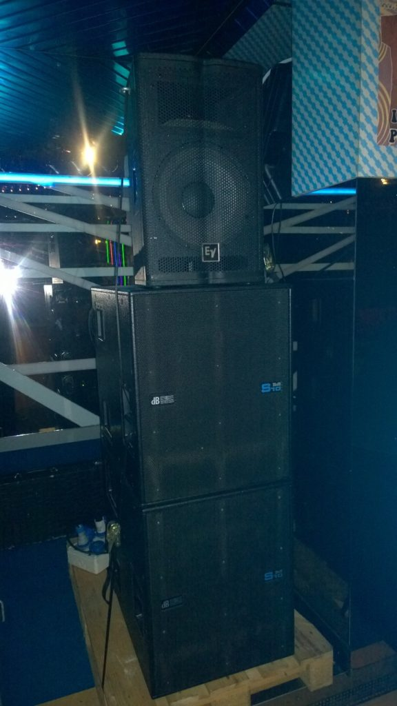 Db Technologies DVA S10dp and Electro Voice TX1122 in Italy