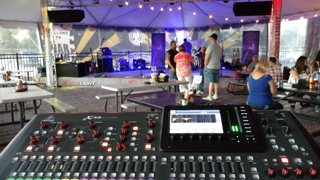 Behringer X32 EV T252 MTL1-X Subs in Illinois