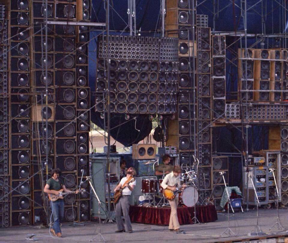 wall-of-sound-pa-system